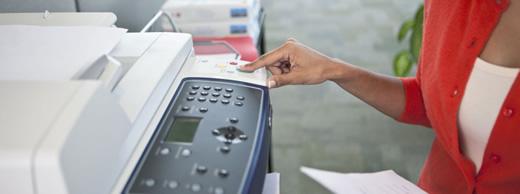 Documentos impressos e abandonados nas impressoras: desperdícios de papel e risco para as empresas